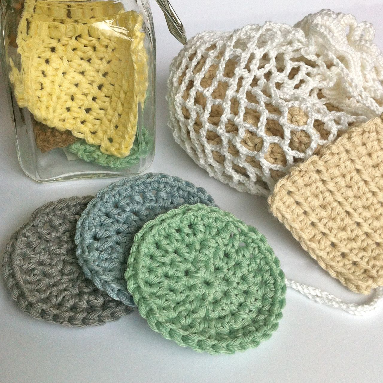 Crochet Face Scrubbies with Laundry Bag