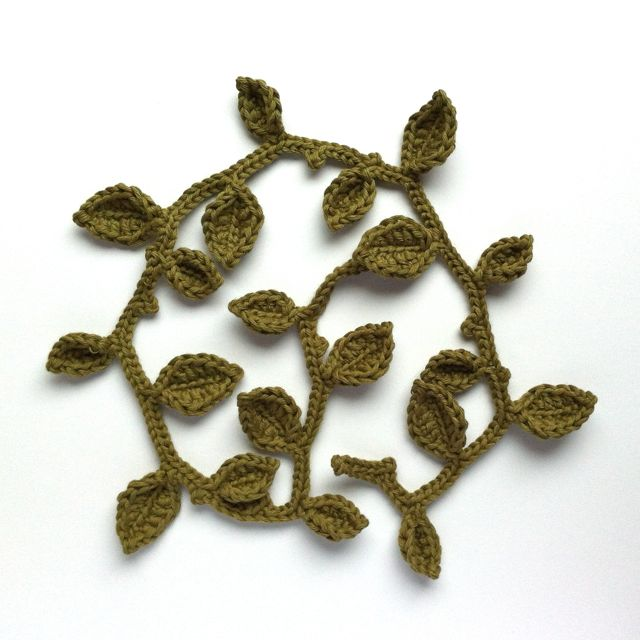 Free Pattern for a crocheted leaf garland
