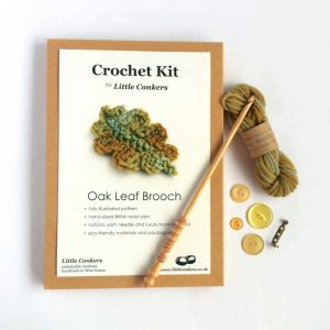 Oak Leaf Brooch Crochet Kit