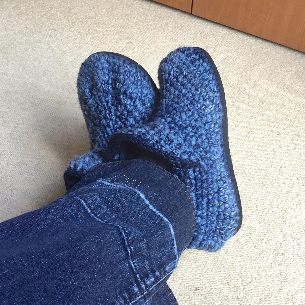 Crocheting slippers using Flip-Flops