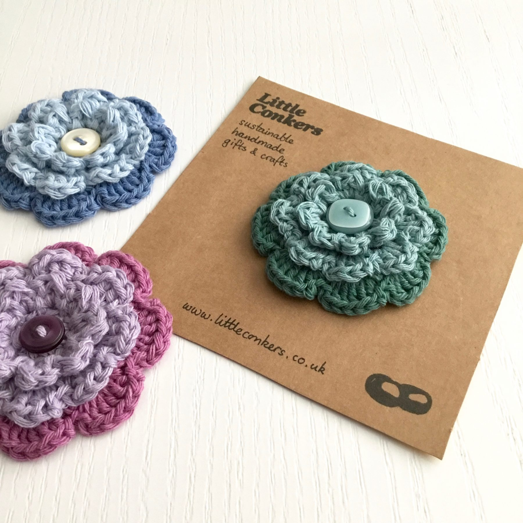 Crocheted Crochet Flower Brooches