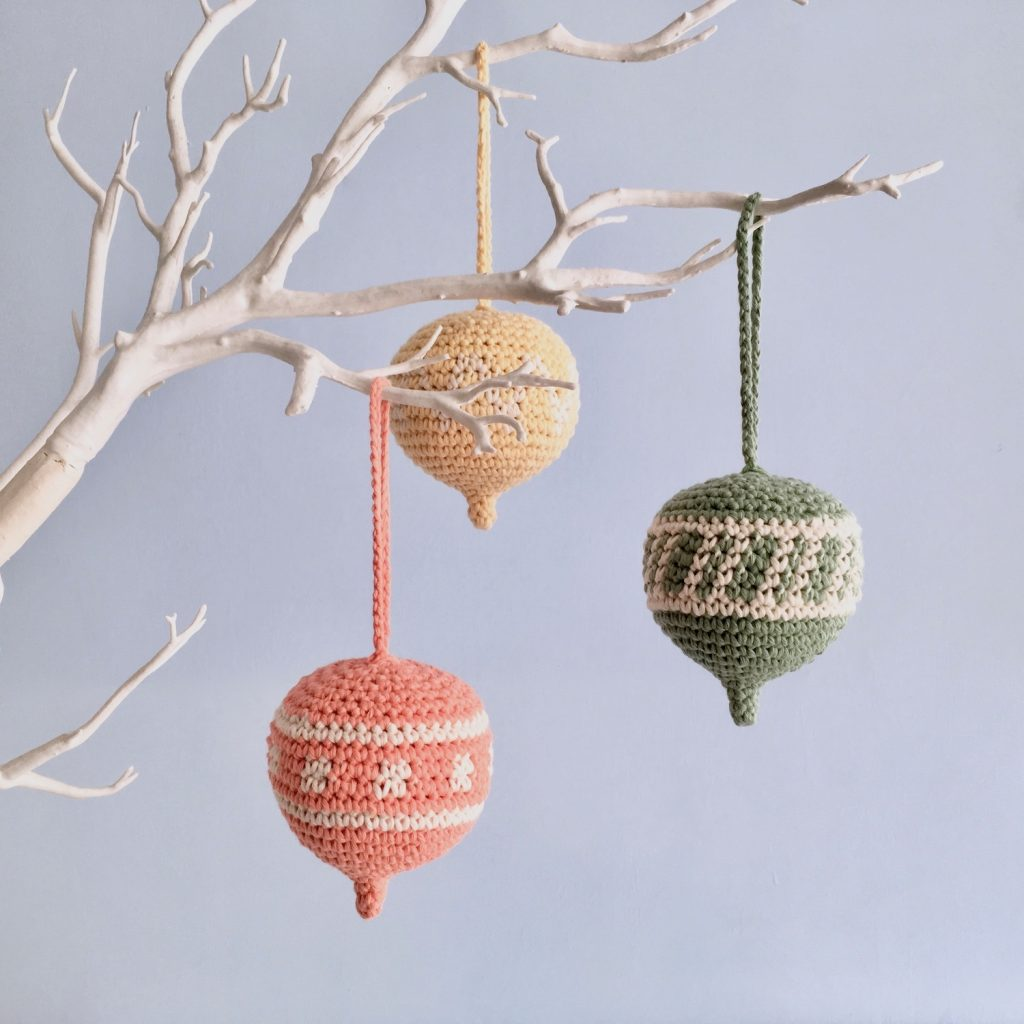 Hanging Ornament Crochet Pattern for Easter Tree