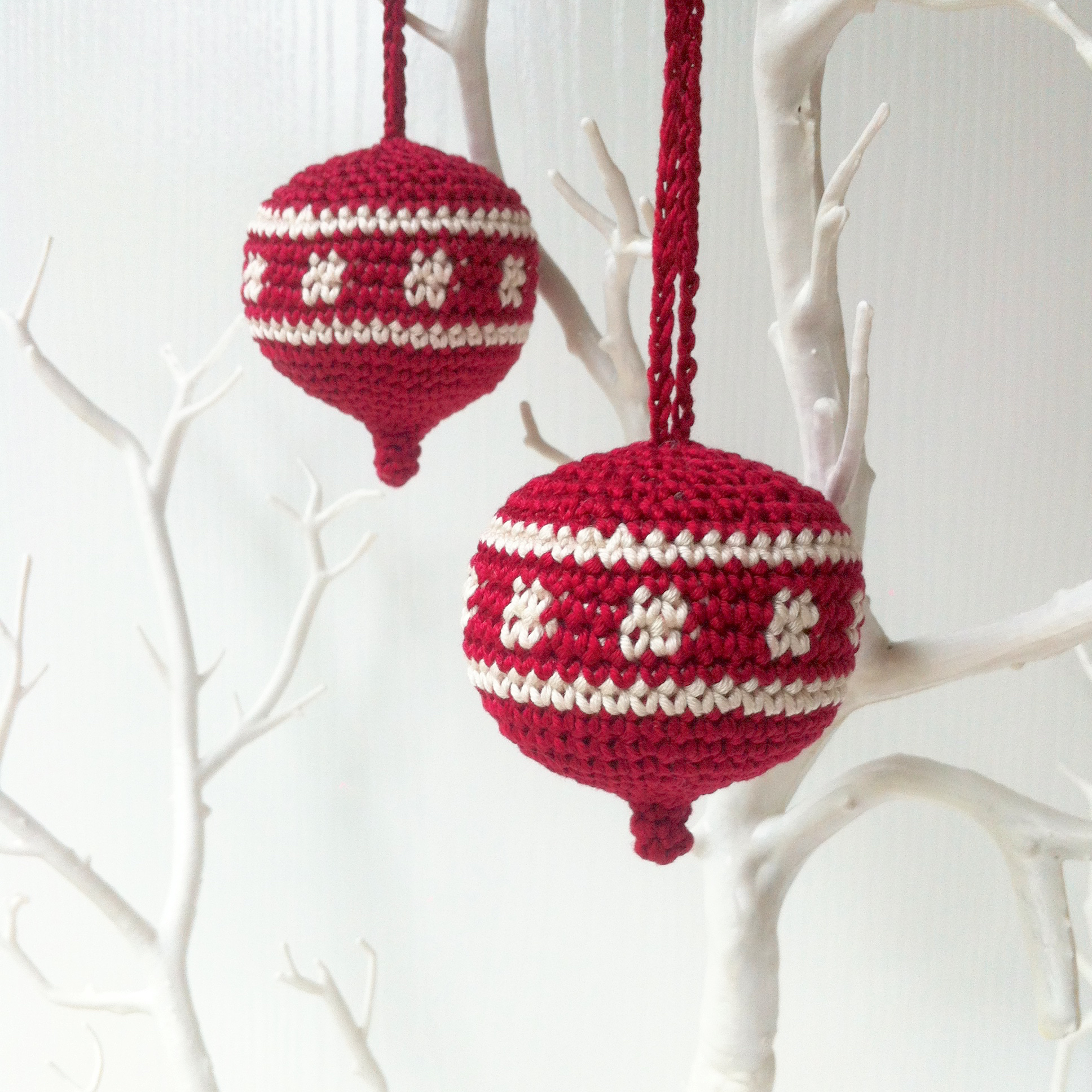 Christmas ornament crochet pattern