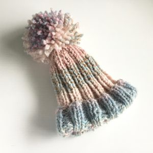 Quick and easy chunky knit matching hat and mitts